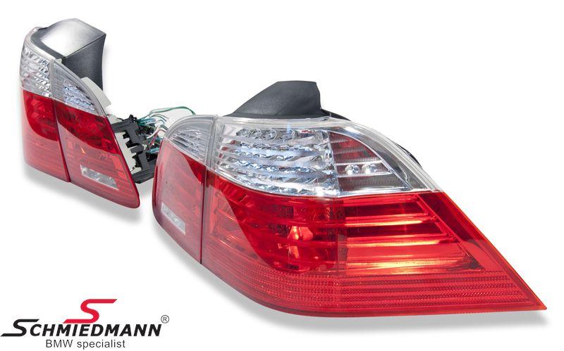 Rückleuchten facelift rot/weiss LED, LED´s sind auch im Blinker verbaut