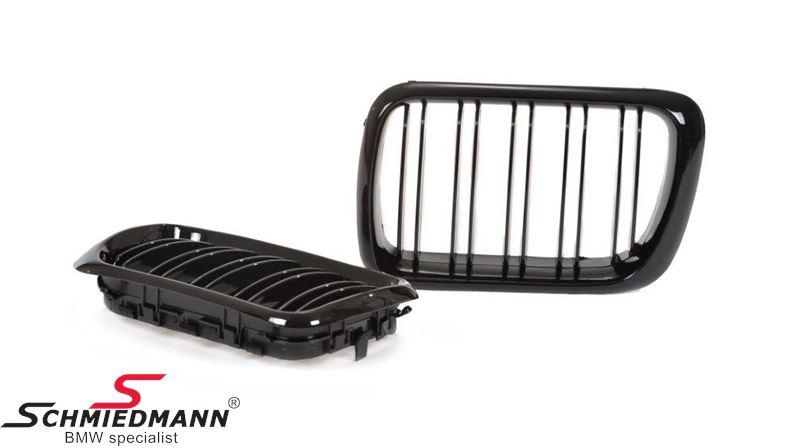 Nieren Satz komplett hoch glanz schwarz mit doppelt Grills  im Facelift 97´Design für die neue Modell-Front