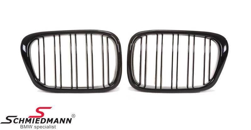 Nieren Satz komplett hoch glanz schwarz mit doppelt Grills im Facelift Design
